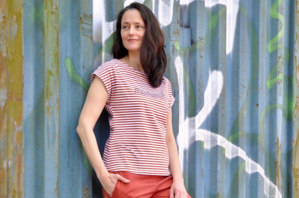 LaBreton Summer Tee von pedilu | Designbeispiel von Elbmiezen