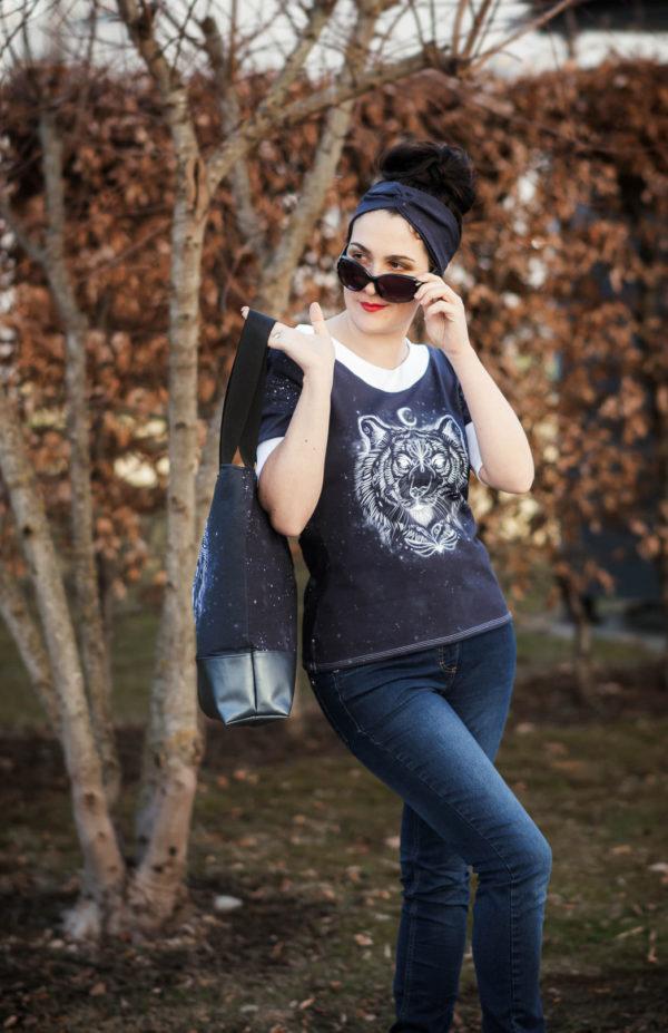LaMarina Shirt von pedilu | Designbeispiel von Trudi näht | schwarz, Retro-Ärmel, Tigerpanel
